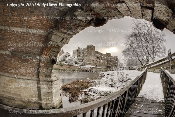 _Snow over Newark Castle